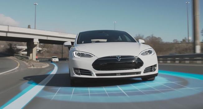 Маск презентовал новый автопилот для Tesla 2