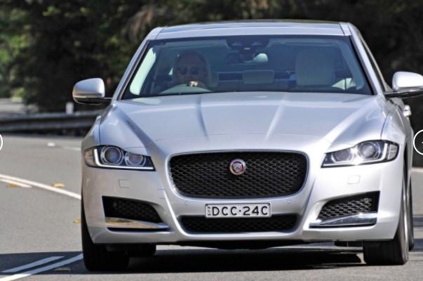 Jaguar отзывает дизельные F-Pace, XE и XF «потому что они могут сгореть» 1