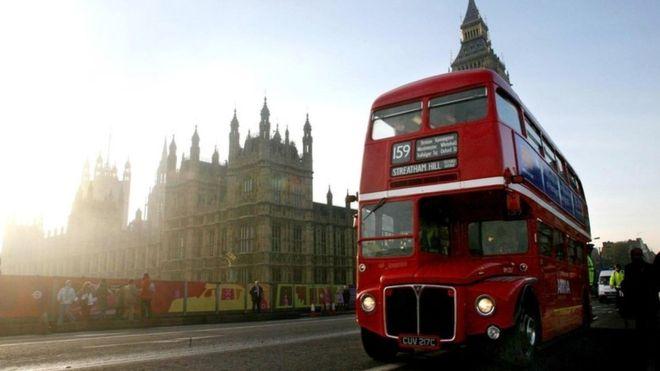 Британские автобусы начнут «пить» кофе 1