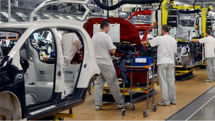 Сотрудники VW готовы бастовать, если им не поднимут зарплату 1