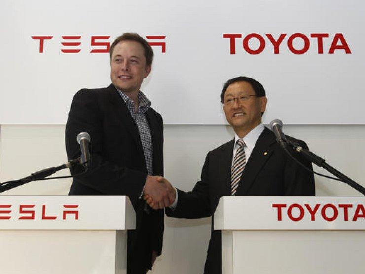 Почему компания Toyota «рассорилась» с маркой Tesla 1