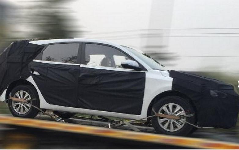 Hyundai готовится представить новый хэтчбек 1