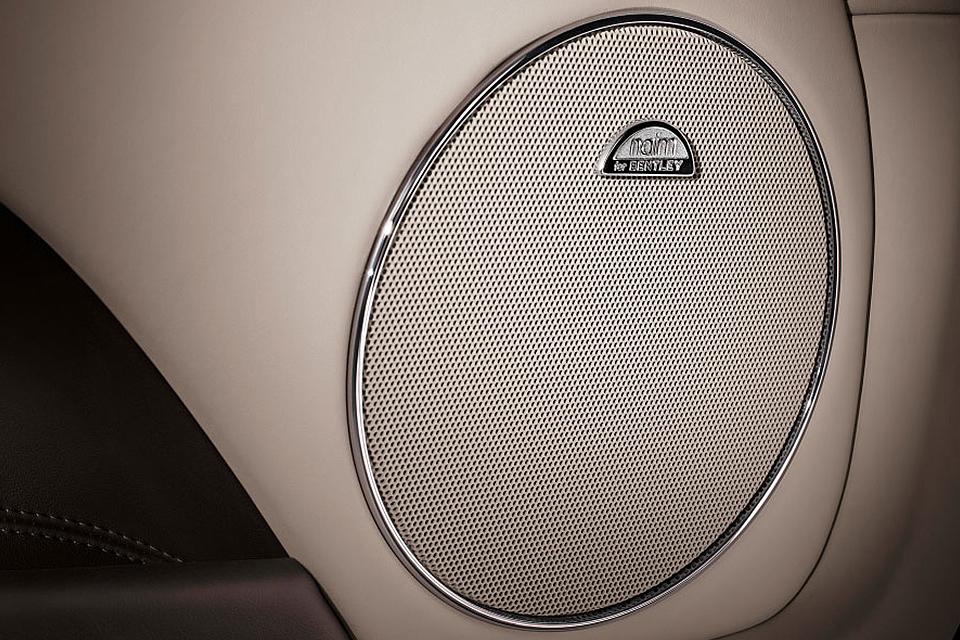 Девять самых дорогих и крутых аудиосистем в машинах 7