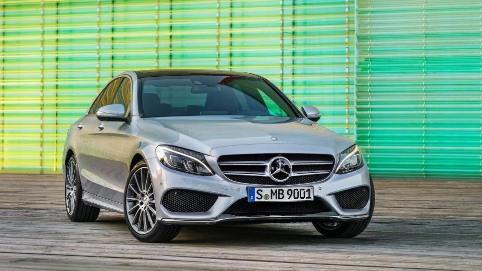 Mercedes загораются «один за одним»: компания объявила срочный отзыв 1
