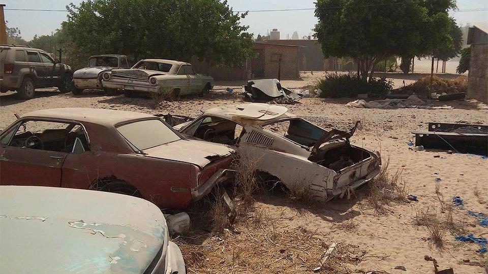 Снявшийся в фильме Ford Mustang нашли заброшенным в пустыне 1