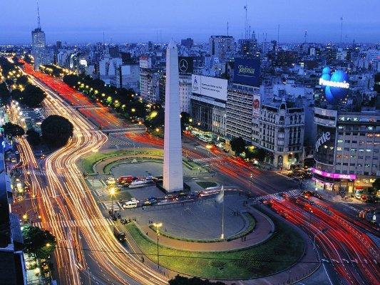 Где находится самая широкая улица в мире 1