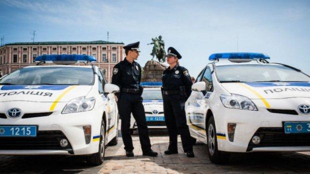 Полиция Украины «займется водителями», не пропускающими спецтранспорт 1