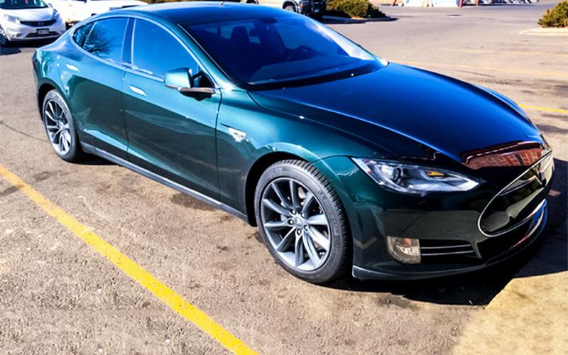 Почему автомобиль Tesla стал «страшным кошмаром» для водителя 1