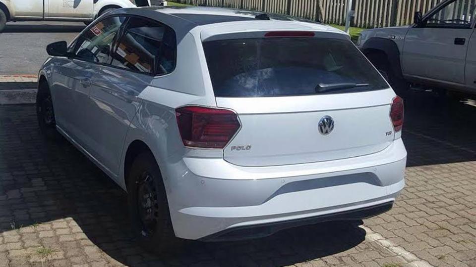 Новый VW Polo «попался без камуфляжа» 2