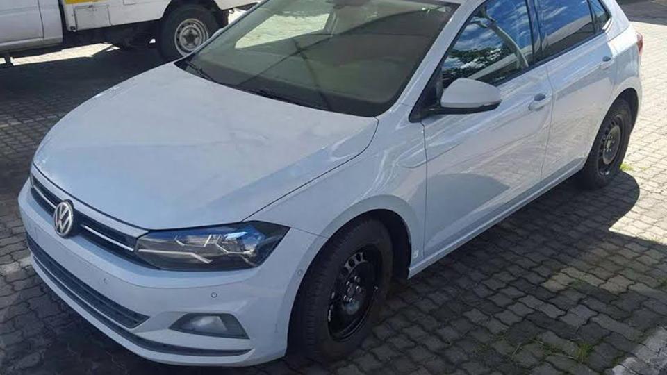 Новый VW Polo «попался без камуфляжа» 1