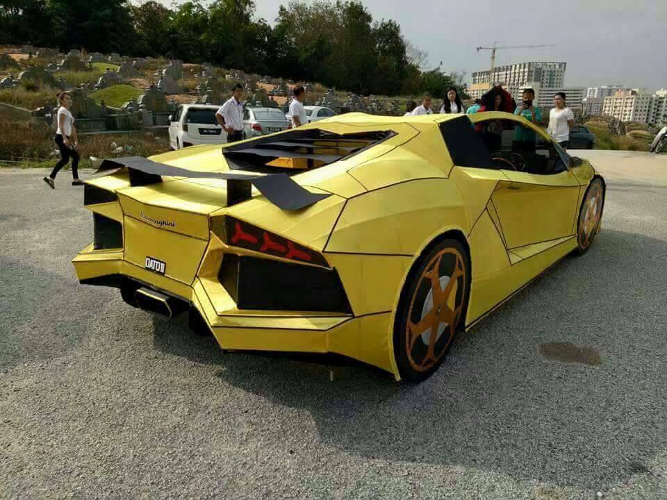 Тайванец создал копию Lamborghini Aventador и сжег ее 1