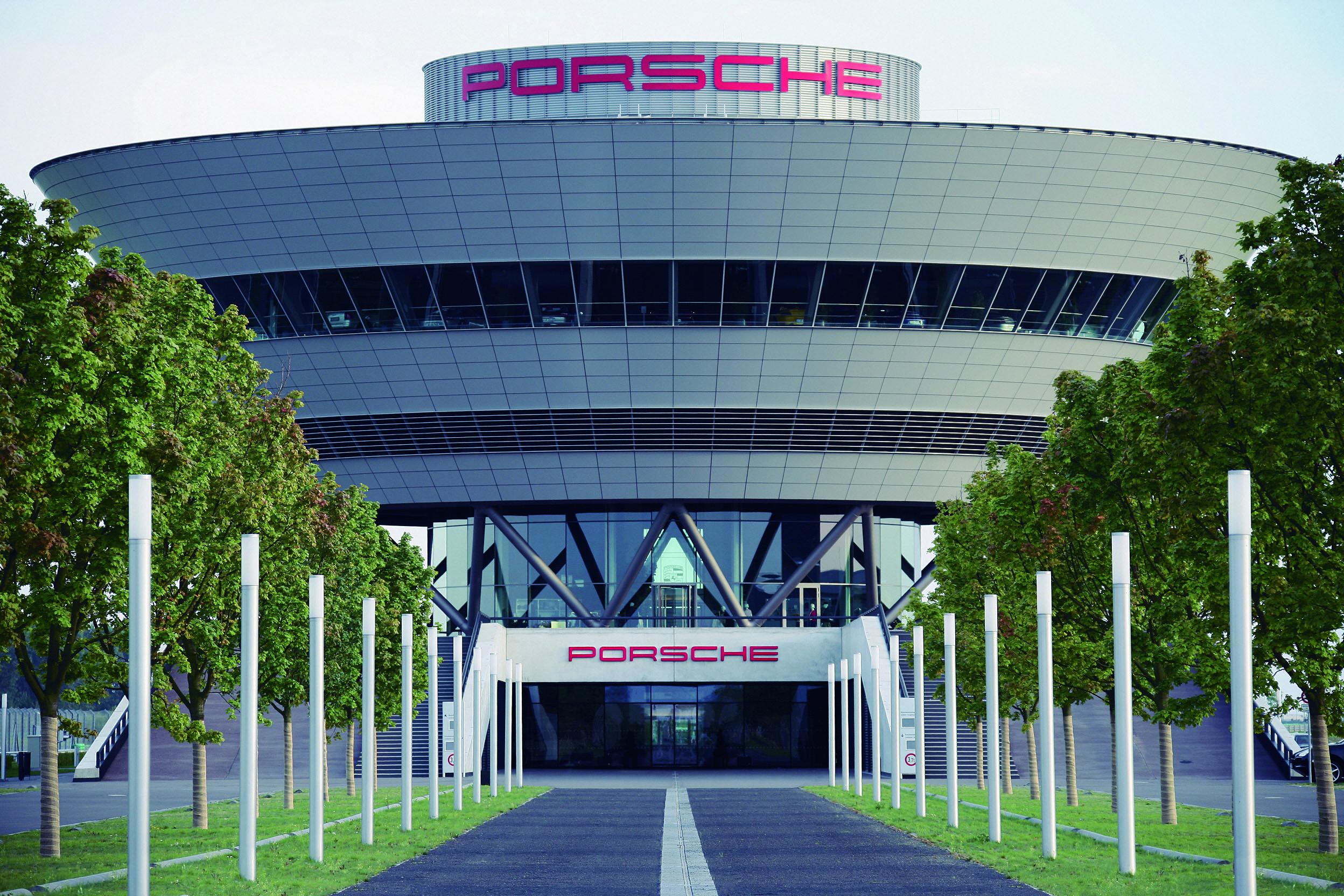 Porsche выплатит сотрудникам приличную премию 1