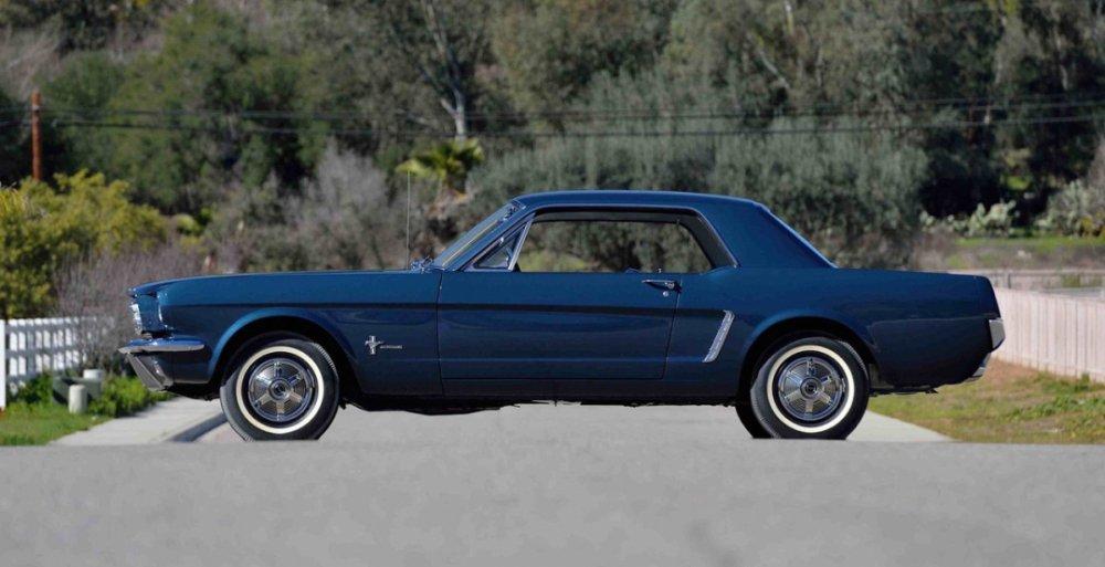 Самое первое купе Ford Mustang «оказалось бесценным» 1