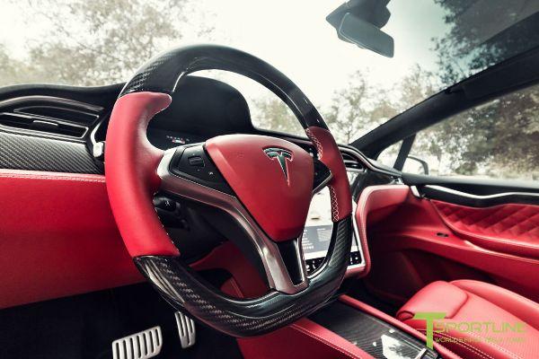 На продажу выставили Tesla Model X с «салоном Bentley» 1