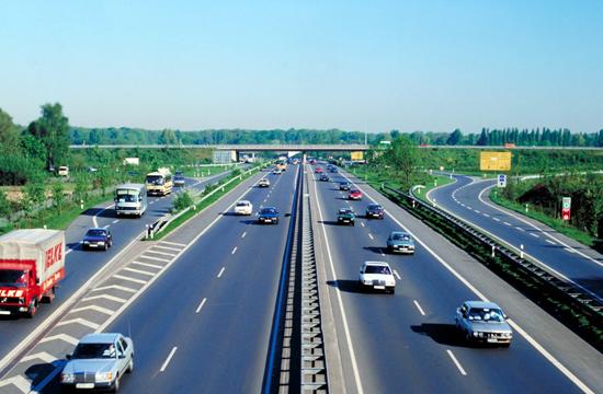 Автобаны Германии станут платными для иностранцев 1
