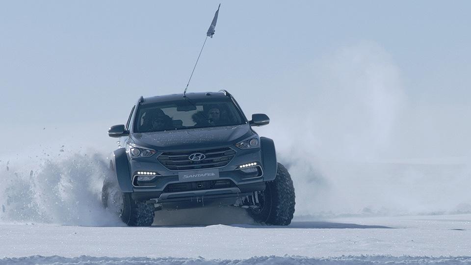 Первым легковым автомобилем, пересекшим Антарктиду, стал Hyundai 1