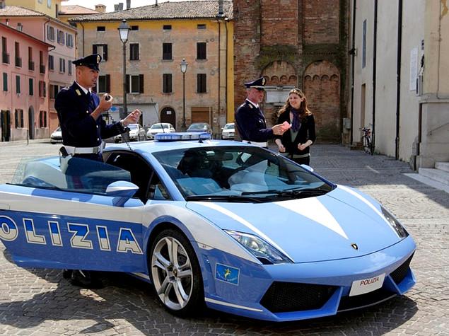 Дорожная полиция пересядет на Lamborghini Huracan 1