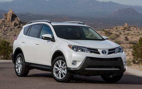 Toyota объявила глобальный отзыв RAV4 1