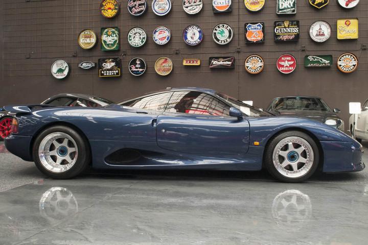 Редкий спорткар Jaguar продадут за 750 тысяч долларов 2