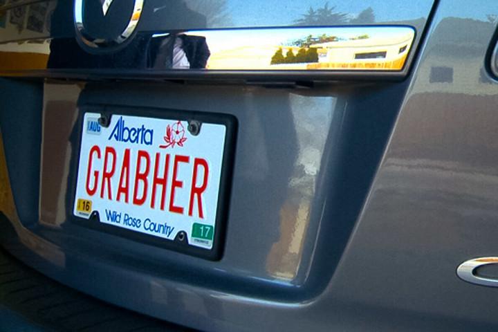 «Красивый» автомобильный номер, который запретили канадские власти 3