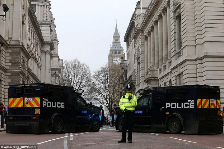 Бронеавтомобили: на чем теперь ездит полиция 2