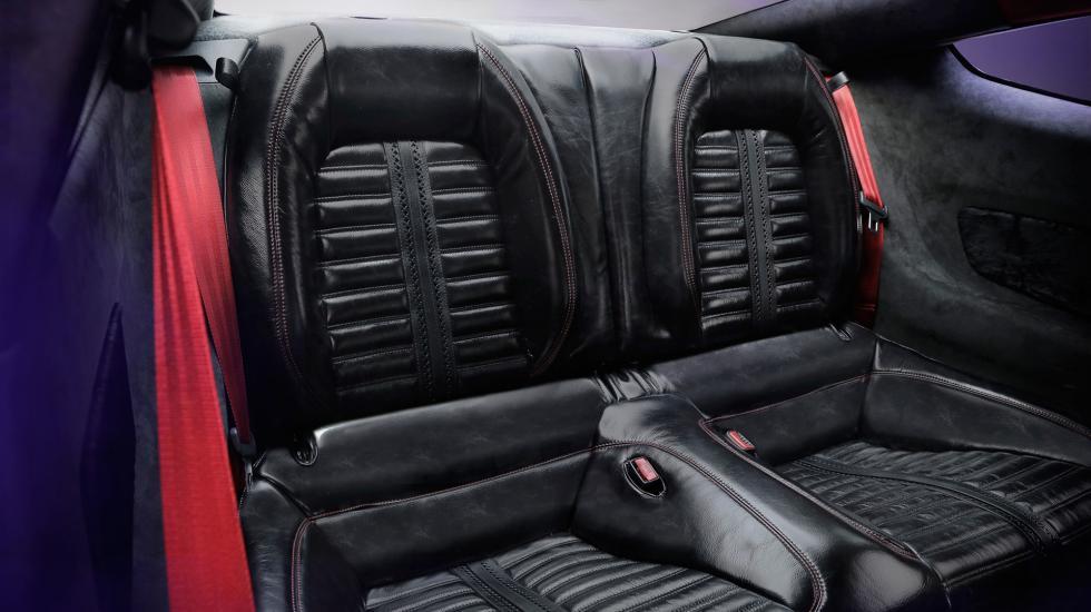 Салон Ford Mustang обшивают кожей вымирающих мустангов 3