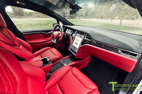 На продажу выставили Tesla Model X с «салоном Bentley» 4