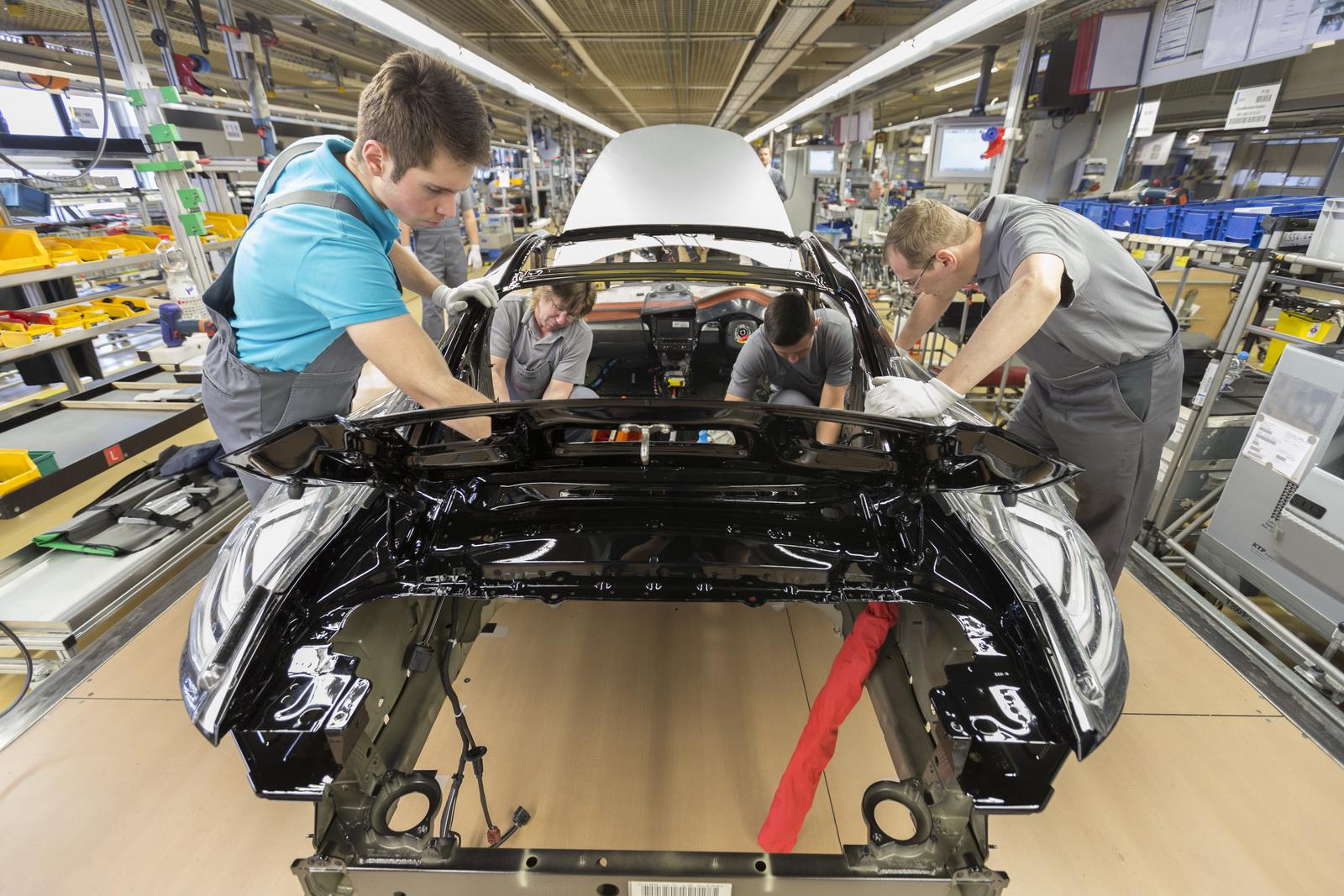 Porsche выплатит сотрудникам приличную премию 2