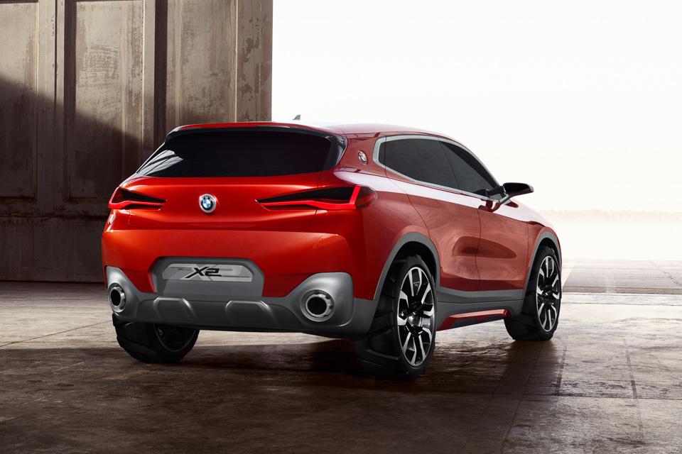 BMW выпустит 40 новинок 1