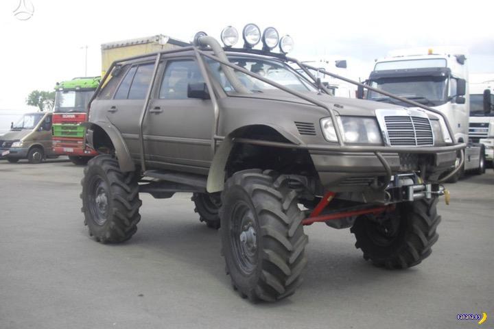 «Невероятный» тюнинг Mercedes-Benz «изуродовал машину» 1