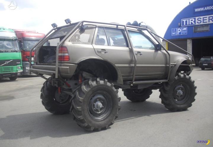 «Невероятный» тюнинг Mercedes-Benz «изуродовал машину» 2