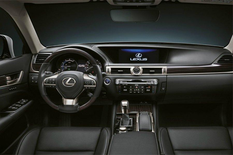 Lexus «похоронит» одну из своих моделей 2