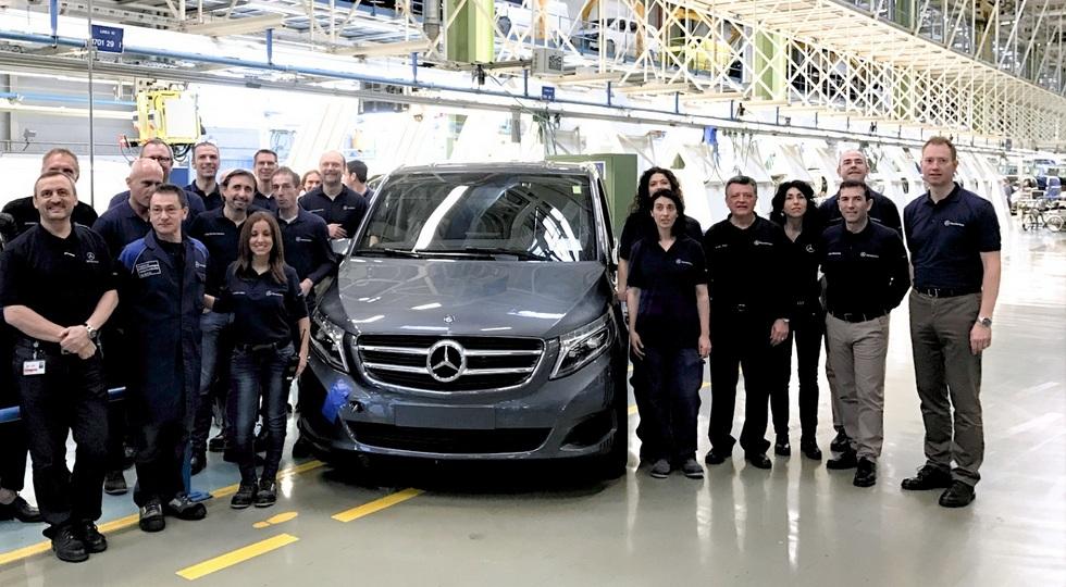 С конвейера сошел юбилейный минивэн Mercedes-Benz V-Class 1