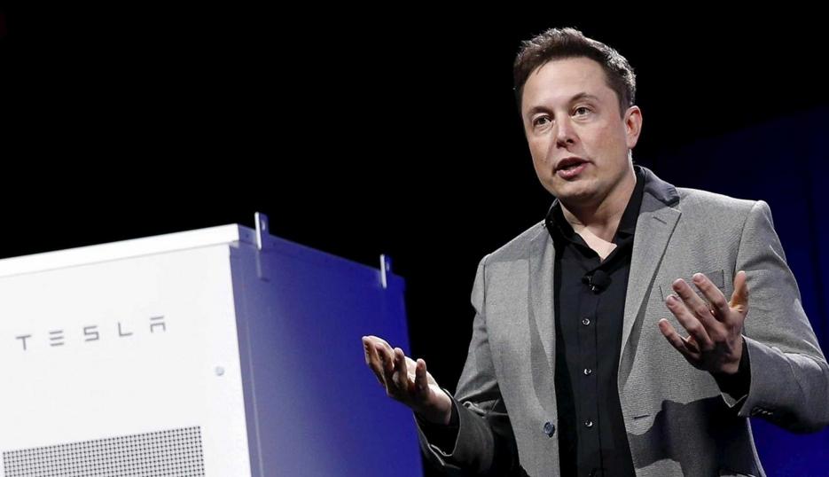 Главу Tesla обвинили в «неприличном поступке» 1