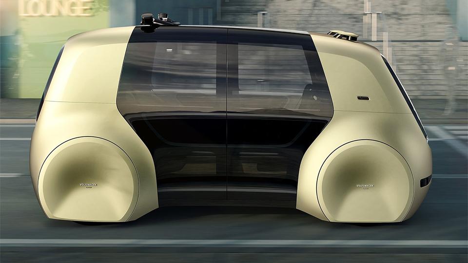 В VW создали машину без руля и педалей 2
