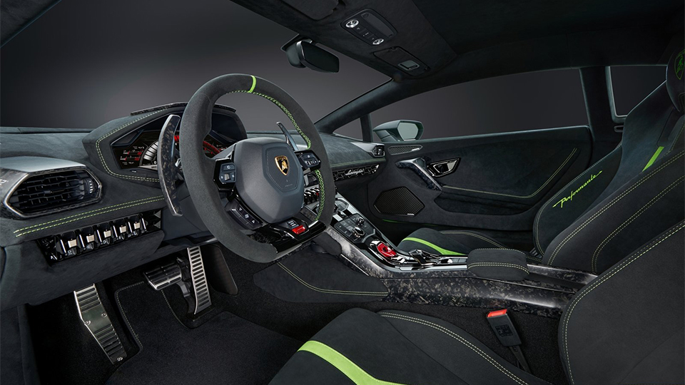 В Женеве представлен самый быстрый Lamborghini 5