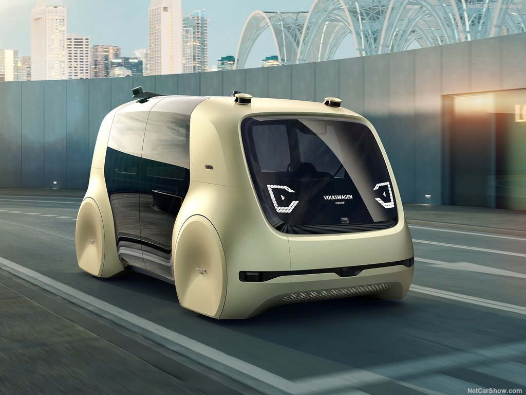 Volkswagen Sedric: без руля и педалей 3
