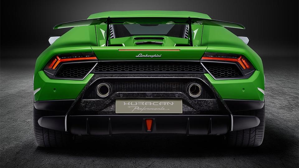 В Женеве представлен самый быстрый Lamborghini 4