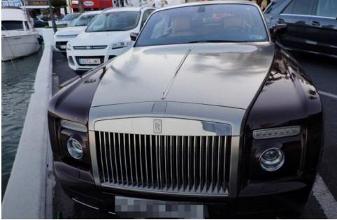 Роскошный Rolls-Royce угнали «с помощью одной бумажки» 1