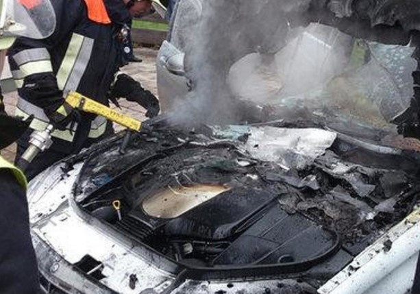 Mercedes-Benz отзывает около миллиона автомобилей после множества возгораний 2