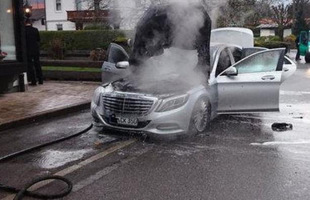 Mercedes-Benz отзывает около миллиона автомобилей после множества возгораний 1
