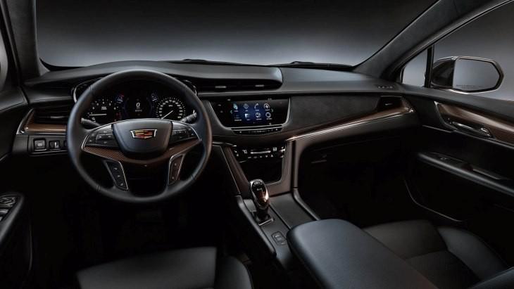 Cadillac XT5 получил «приветственную» версию 2