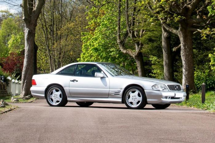 На аукцион выставили Mercedes с объемом двигателя 7.2 л 1