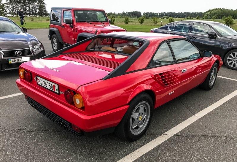 В Украине замечена Ferrari Mondial - самая бюджетная модель марки 3