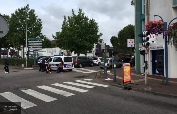 Пытаясь сбить полицейских, водитель попал в смертельное ДТП 1