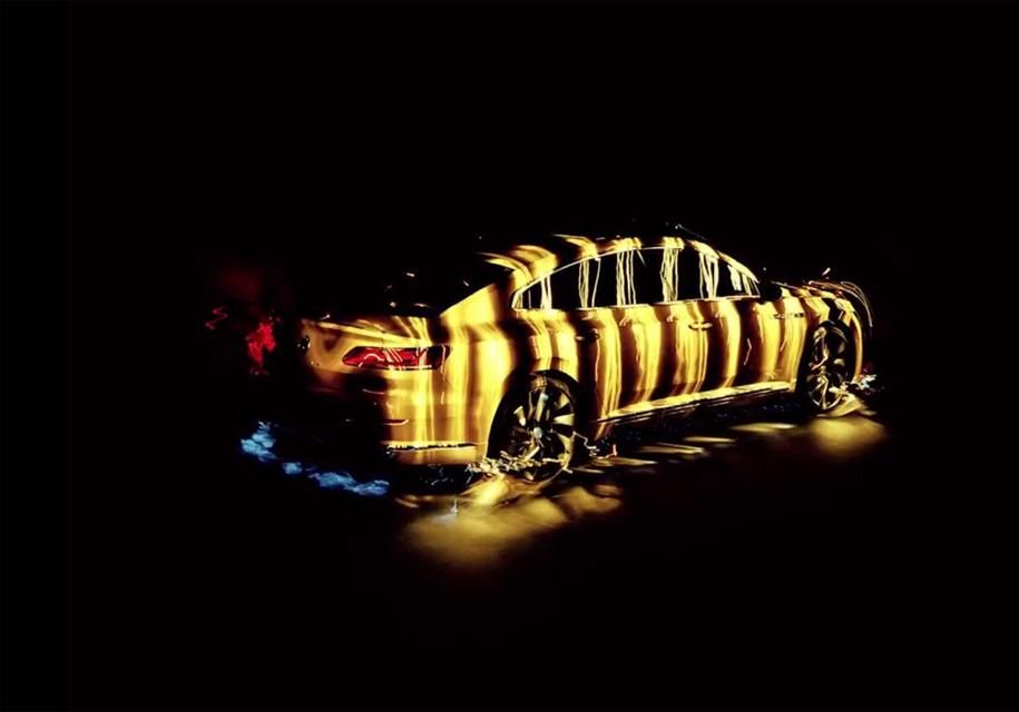 В VW доверили съемку Arteon слепому фотографу 2