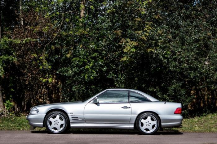 На аукцион выставили Mercedes с объемом двигателя 7.2 л 2