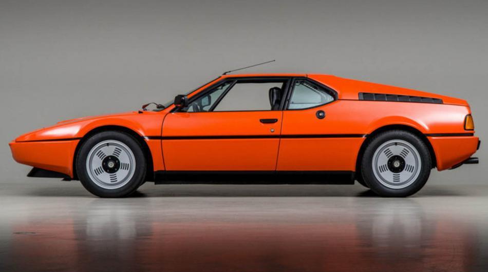 «Полцарства за королеву»: на аукцион выставили BMW M1 1