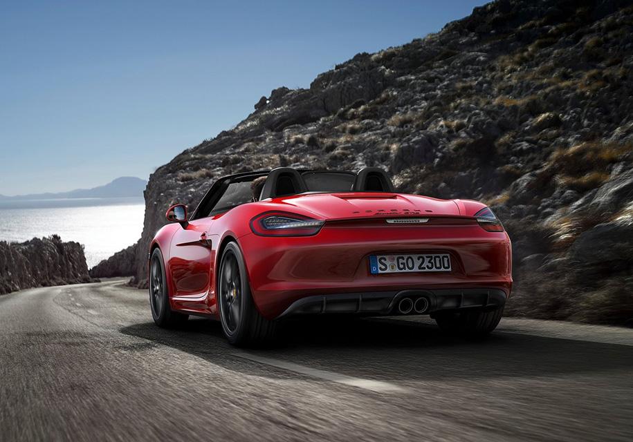 Автоледи разогнала Porsche до 238 км/ч «из-за бессонницы» 1