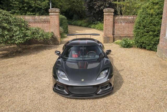 Марка Lotus представила свой «лучший» автомобиль 3